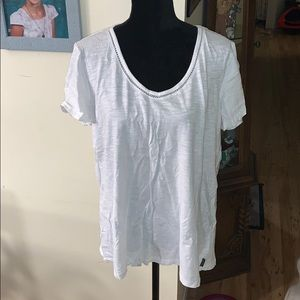 NWOT Eddie Bower White T-shirt